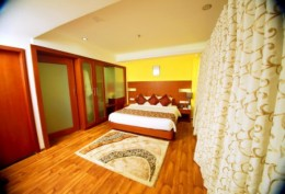 Last Hour Deal A C Suite Room
